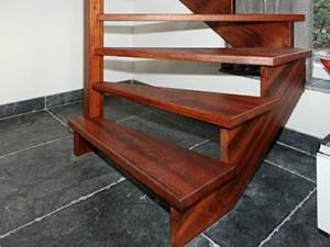Tweekwart trap van Merbau - Van de Coolwijk Trappen